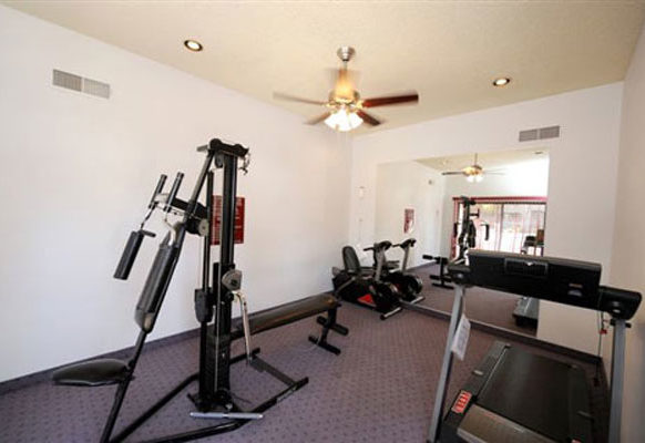 excercise room and gym and spa  Vantage Point Apartments